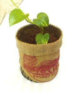 DIY: Burlap Flower Pots